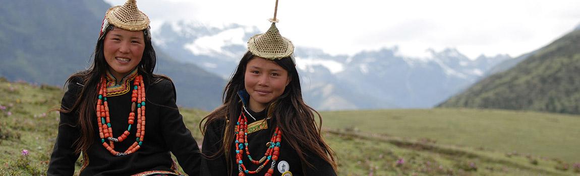 beautiful-laya-girls-bhutan